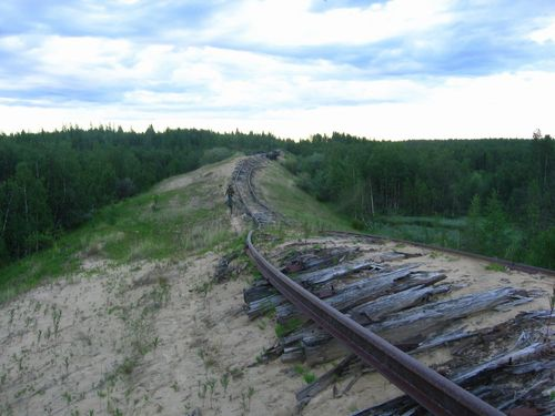 Transpolar_Railway_between_Salekhard_and_Nadym